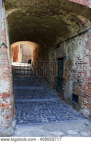 Monteleone D\' Orvieto (tr), Italy - May 27, 2016: An Briks Arc In Monteleone D\' Orvieto, Orvieto,