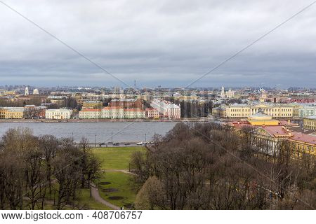 St. Petersburg, Russia - January 19, 2020: View Of St. Petersburg From The Observation Deck Of St. I