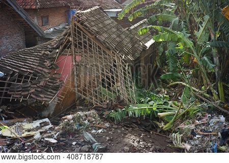 Pasuruan, Indonesia. February 2020. Flash Floods That Destroyed Dozens Of Houses And Caused Casualti