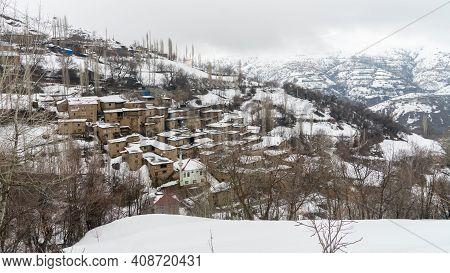 Hizan, Bitlis, Turkey - February 2020: Remote Village In Eastern Turkey Anatolia With Stone Houses,