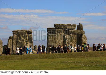 Stonehenge (england), Uk - August 06, 2015: Stonehenge Megalithic Site, Amesbury, Wiltshire , Englan