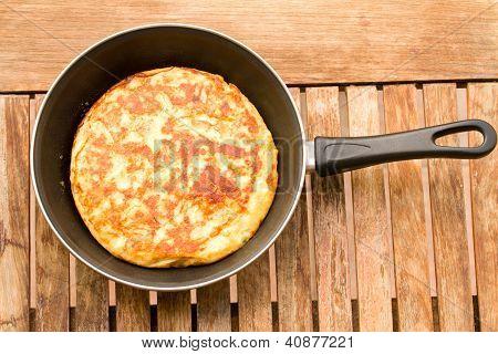 tortilla in pan