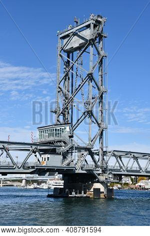 Portsmouth, Nh - Oct 3: World War I Memorial Bridge In Portsmouth, New Hampshire, As Seen On Oct 3,