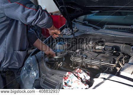 Car Mechanic Auto Repair Service Provider. Diesel!