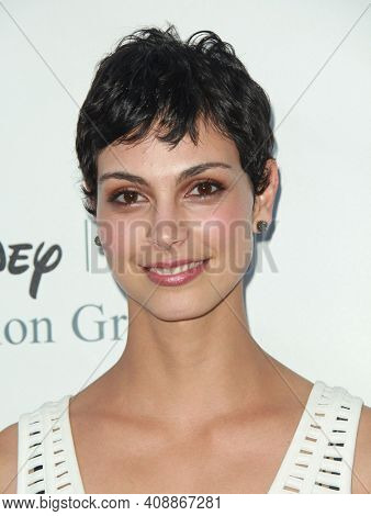 LOS ANGELES - AUG 08: Morena Baccarin arrives to the 2009 Disney-ABC Televison Group Summer Press Tour on August 08, 2009 in Pasadena, CA