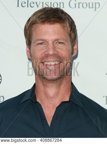 LOS ANGELES - AUG 08: Joel Gretsch arrives to the 2009 Disney-ABC Televison Group Summer Press Tour on August 08, 2009 in Pasadena, CA