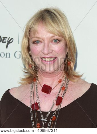 LOS ANGELES - AUG 08: Veronica Cartwright arrives to the 2009 Disney-ABC Televison Group Summer Press Tour on August 08, 2009 in Pasadena, CA