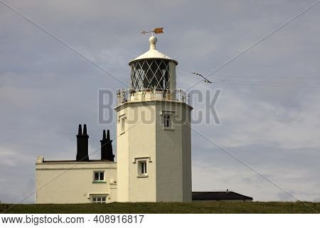 Lizard (england), Uk - August 16, 2015: The Lighthouse At The Lizard In Cornwall, Cornwall, England,