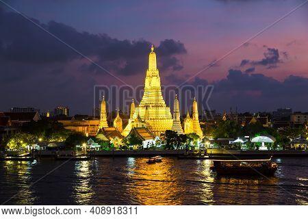 Wat Arun Is A Buddhist Temple In Bangkok, Thailand. Wat Arun Temple At Twilight The Landmark Of Thai