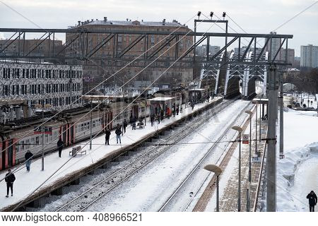 February 19, 2021, Moscow, An Electric Train Stop On The Tulskaya Platform, Passengers On The Platfo