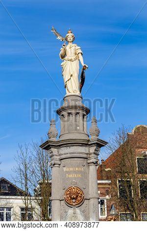 Deventer, Netherlands - January 31, 2021: Wilhelmina Sculpture, Queen Of The Netherlands, On Top Of