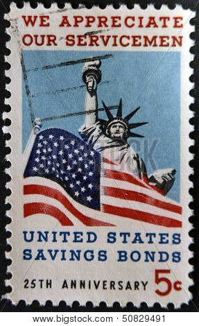 dedicated to Honoring American servicemen and US savings bonds, Statue of Liberty and American Flag