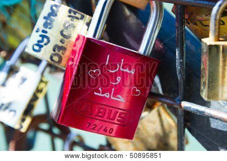 Pont des Arts Pod-locks