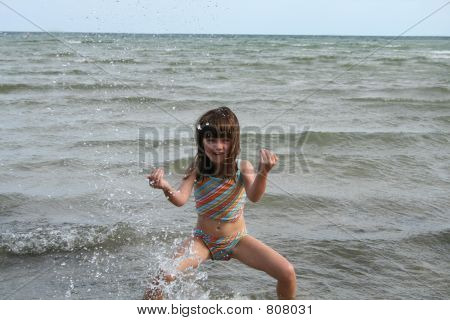 girl water jump 4