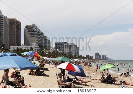 Crowded Beach Party Fort Lauderdale