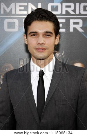 Steven Strait at the Los Angeles Premiere of