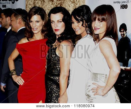 Perrey Reeves, Debi Mazar, Emmanuelle Chriqui and Carla Gugino at the Season 7 Premiere of