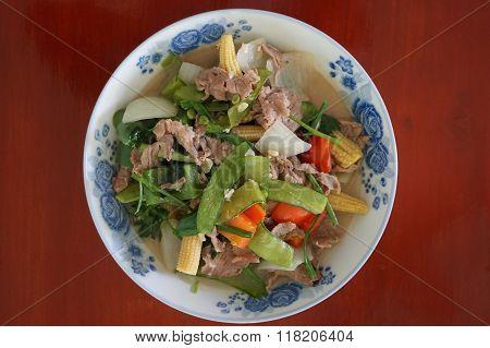 fried beef salad