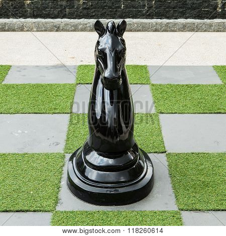 Big Chessboard - Big black Horse Chess