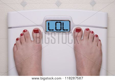 Scale With Feet LOL