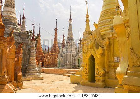 In Dein Stupas, Pagodes Paya Shwe Inn Thein