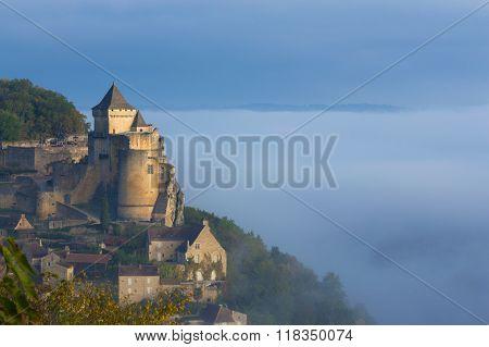 Castelnaud Castle - Dordogne-perigord