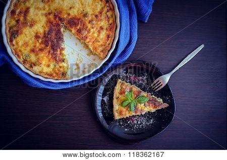 Quiche Lorraine Pie With Chicken, Mushrooms And Broccoli