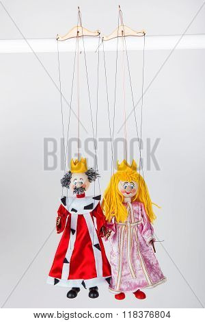 Puppets of king and queen