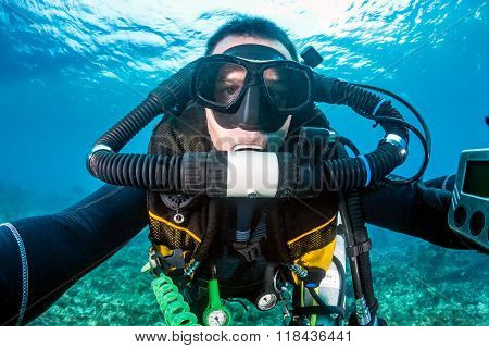 SCUBA Diver with an Advanced Rebreather System
