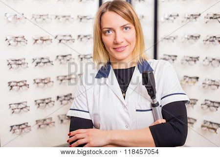 Sales assistant in Optometry shop
