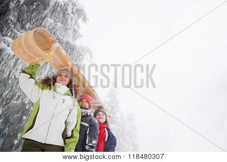 Children with toboggan