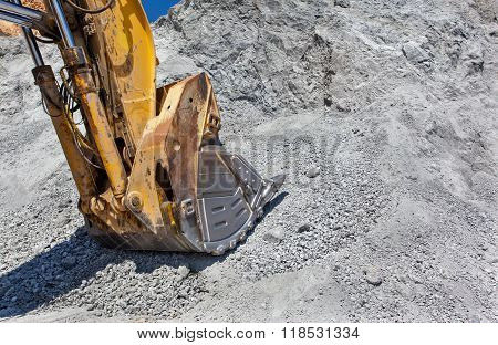 Equipement On Cooper Mine - Open Pit 20