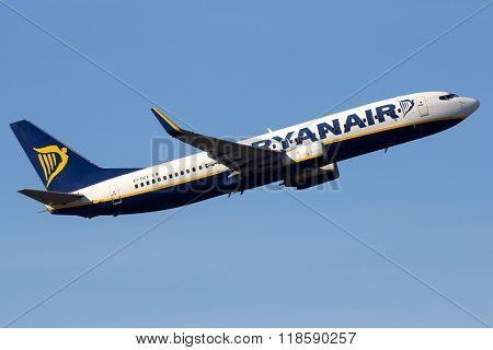 Ryanair Boeing 737-8As(wl)
