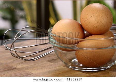 Organic Raw Eggs