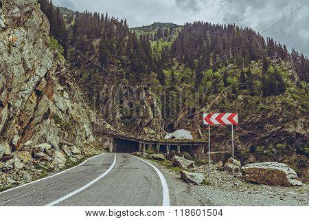 Roadside Warning Triple Chevron Sign