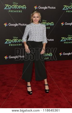 LOS ANGELES - FEB 17:  Sophie Reynolds at the Zootopia Premiere at the El Capitan Theater on February 17, 2016 in Los Angeles, CA