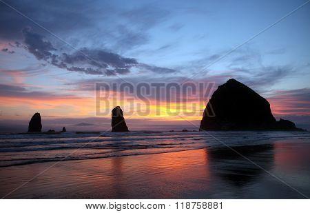 Sea stacks of Cannon Beach, north Oregon coastline