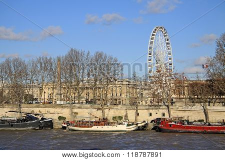 Paris, France -18 December 2011:  View From Quai D'orsay At The Big Ferris Wheel, Paris, France