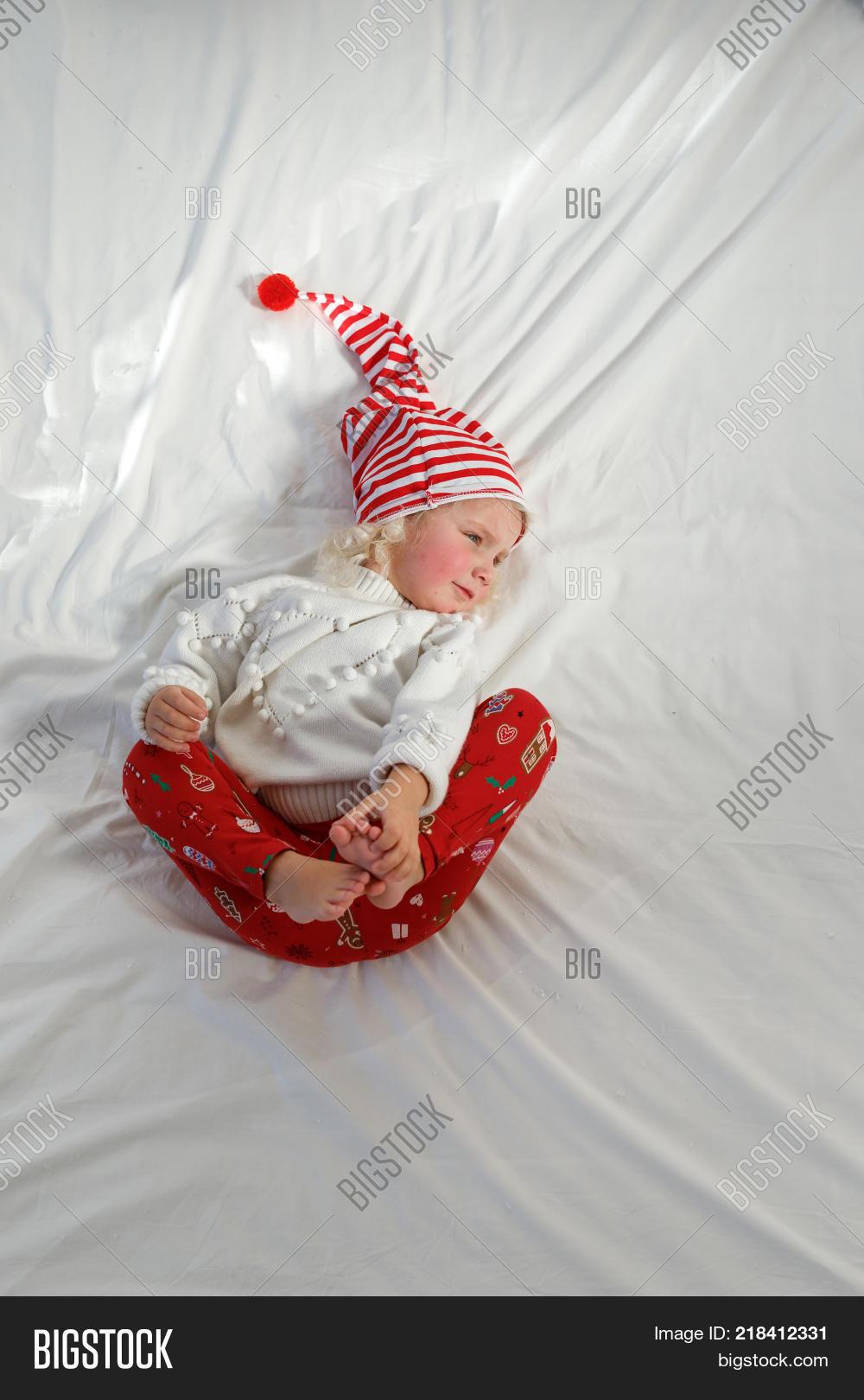 1aab6c92b20ec Adorable Small Kid Image   Photo (Free Trial)