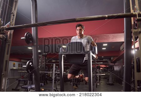 One Person, Young Man, Bench Press, Weight Training, Side View.