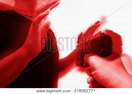 man surrender with rob gun criminal background