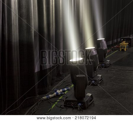 light in the theater, theatrical light used for theatrical performance