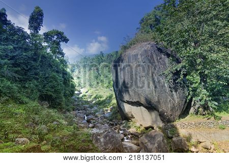 Apple shaped huge rock called
