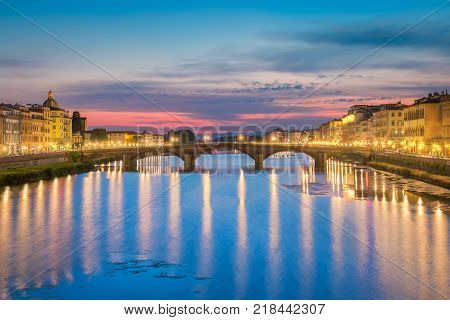 Photo of the bridge Alla Carraia - Italy