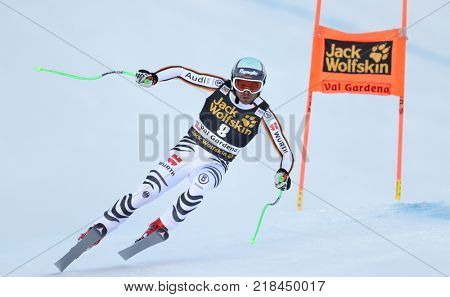 VAL GARDENA, ITALY - DECEMBER 14: Andreas Sander of Germany races down the Saslong course during the Audi FIS Alpine Ski World Cup Men's Downhill training on December 14 2017
