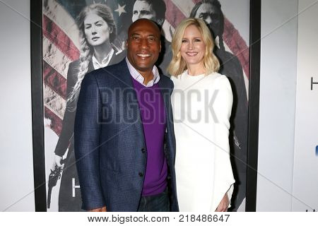 LOS ANGELES - DEC 14:  Byron Allen, Jennifer Allen at the