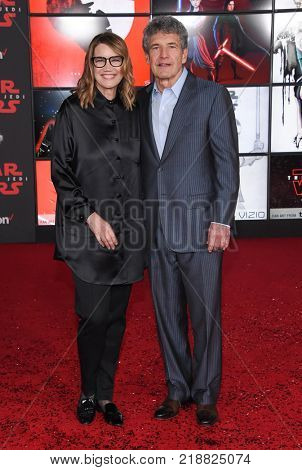 LOS ANGELES - DEC 09:  Alan Horn and Cindy Horn arrives for the 'Star Wars: The Last Jedi' World Premiere on December 09, 2017 in Los Angeles, CA