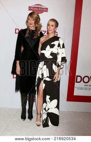 LOS ANGELES - DEC 18:  Laura Dern, Kristen Wiig at the