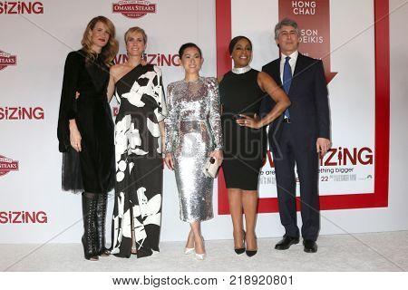 LOS ANGELES - DEC 18:  Laura Dern, Kristen Wiig, Hong Chau, Niecy Nash, Alexander Payne at the