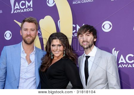 LAS VEGAS - APR 1:  Lady Antebellum arrives at the 2012 Academy of Country Music Awards at MGM Grand Garden Arena on April 1, 2010 in Las Vegas, NV.